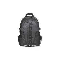 Plecaki Superdry  LINE TARP BACKPACK. Czarne plecaki damskie Superdry. Za 279,20 zł.