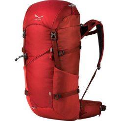 """Plecak """"Crest"""" w kolorze czerwonym - 66 x 26 x 24 cm. Czerwone plecaki męskie Salewa, z materiału. W wyprzedaży za 302,95 zł."""