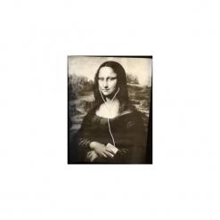 """T-shirt : """" Mona Lisa """". Szare t-shirty męskie z nadrukiem marki Button. Za 99,00 zł."""