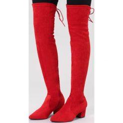 Czerwone Kozaki Stand Alone. Czerwone buty zimowe damskie marki vices, z materiału, ze szpiczastym noskiem, na wysokim obcasie, na obcasie. Za 169,99 zł.