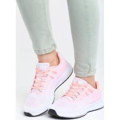 Różowe Buty Sportowe No Compromise. Czerwone buty sportowe damskie marki KALENJI, z gumy. Za 99,99 zł.