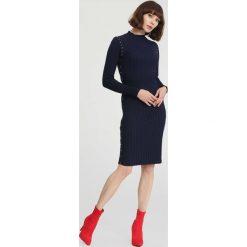Granatowa Sukienka Powder Grey. Niebieskie sukienki dzianinowe other, na jesień, l. Za 89,99 zł.