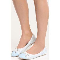 Niebieskie Balerinki One Desire. Białe baleriny damskie marki Born2be, ze skóry, na płaskiej podeszwie. Za 59,99 zł.