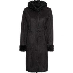 Płaszcz ze sztucznego futerka owczego bonprix czarny. Czarne płaszcze damskie bonprix. Za 124,99 zł.