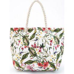 Torebki klasyczne damskie: Duża torba w kwiatowy wzór – Biały