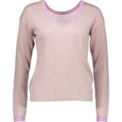 """Sweter """"Cecelia"""" w kolorze jasnoróżowym. Czerwone swetry oversize damskie Nümph, xs, ze splotem. W wyprzedaży za 108,95 zł."""