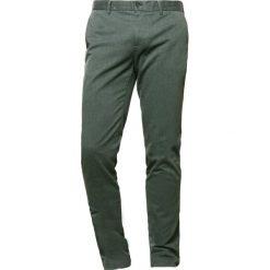 Chinosy męskie: J.LINDEBERG CHAZE Spodnie materiałowe dark green/silver