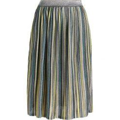 Spódniczki trapezowe: YAS YASSASSY PLEATED SKIRT Spódnica trapezowa black/metallic