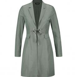 Płaszcz przejściowy w kolorze zielonym. Zielone płaszcze damskie marki Taifun. W wyprzedaży za 239,95 zł.