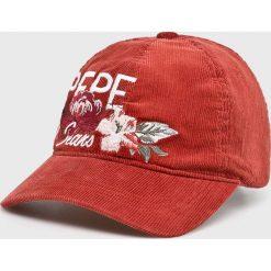 Pepe Jeans - Czapka Peggy. Różowe czapki z daszkiem damskie Pepe Jeans, z bawełny. Za 119,90 zł.