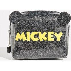 Kosmetyczka Mickey Mouse - Czarny. Czarne kosmetyczki damskie Sinsay, z motywem z bajki. Za 24,99 zł.
