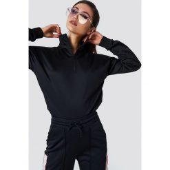 Bluzy damskie: NA-KD Bluza z suwakiem - Black