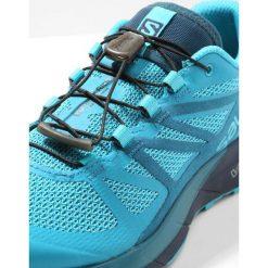 Salomon SENSE RIDE Obuwie do biegania Szlak blue bird/deep lagoon/navy blazer. Szare buty do biegania damskie marki Salomon. W wyprzedaży za 471,20 zł.