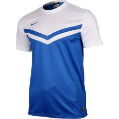 Nike Koszulka męska SS Victory II JSY biało-niebieska r. S (588408 463). Białe koszulki sportowe męskie marki Nike, m. Za 70,00 zł.