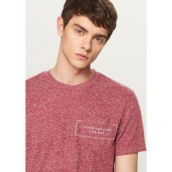 T-shirty męskie: Melanżowy t-shirt z kieszonką – Pomarańczo