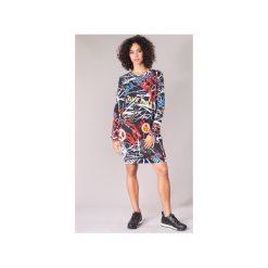 Sukienki krótkie Love Moschino  GONNA. Sukienki małe czarne marki Love Moschino, z krótkim rękawem. Za 1079,00 zł.