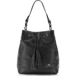 86-4E-438-1 Torebka damska. Czarne torebki klasyczne damskie Wittchen, w paski, ze skóry, z frędzlami. Za 459,00 zł.