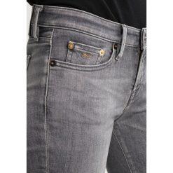 Denham SHARP  Jeans Skinny Fit grey denim. Szare rurki damskie Denham, z bawełny. W wyprzedaży za 467,35 zł.