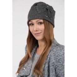 Czapki zimowe damskie: Elegancka czapka z kokardą