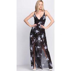 Czarna Sukienka Marble. Czarne sukienki hiszpanki Born2be, na lato, s, wizytowe. Za 54,99 zł.