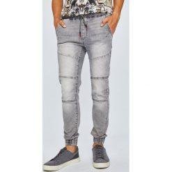 Medicine - Jeansy Monumental. Czarne jeansy męskie regular MEDICINE. W wyprzedaży za 119,90 zł.