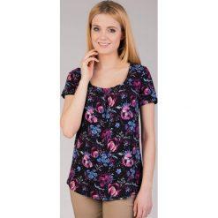 Bluzki asymetryczne: Czarna wiskozowa bluzka w kwiaty QUIOSQUE