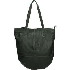 Torba - PLEJAN85B DGR. Czarne torebki klasyczne damskie marki Venezia, ze skóry. Za 599,00 zł.