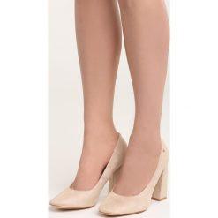 Beżowe Czółenka Take No More. Brązowe buty ślubne damskie Born2be, na wysokim obcasie, na słupku. Za 69,99 zł.