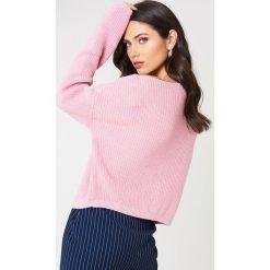 Josefin Ekström for NA-KD Krótki sweter z dzianiny - Pink. Różowe swetry klasyczne damskie Josefin Ekström for NA-KD, m, z dzianiny. Za 161,95 zł.