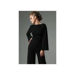 BLUZKA SLENDER - CZARNA. Czarne bluzki z odkrytymi ramionami marki Madnezz, l, z bawełny, biznesowe, z dekoltem na plecach. Za 179,00 zł.