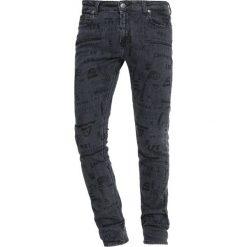 Lee MALONE Jeans Skinny Fit doodle stone. Czarne rurki męskie Lee, z bawełny. Za 359,00 zł.