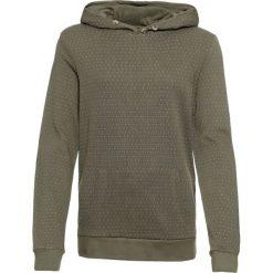 Bluza bawełniana z kapturem, z nadrukiem bonprix oliwkowy z nadrukiem. Zielone bluzy rozpinane damskie bonprix, z nadrukiem, z bawełny, z kapturem. Za 89,99 zł.