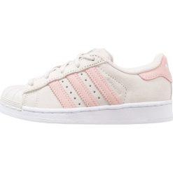 Adidas Originals SUPERSTAR  Tenisówki i Trampki pearl grey/ice pink. Różowe trampki dziewczęce marki adidas Originals, z materiału. W wyprzedaży za 209,25 zł.