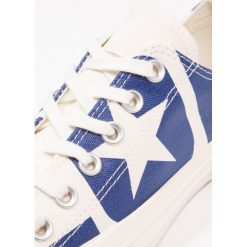 Converse CHUCK TAYLOR ALL STAR LOGO Tenisówki i Trampki navy. Szare tenisówki męskie marki Converse, z gumy. W wyprzedaży za 209,30 zł.