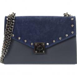 """Skórzana torebka """"Amandine"""" w kolorze granatowym - 27 x 17 x 7 cm. Niebieskie torebki klasyczne damskie Spécial maroquinerie, w paski, ze skóry. W wyprzedaży za 204,95 zł."""