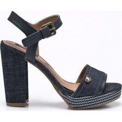 Wrangler - Sandały Sunset Alicia. Szare sandały damskie na słupku Wrangler, z materiału. W wyprzedaży za 179,90 zł.