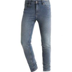 Cheap Monday HIM SPRAY Jeans Skinny Fit mode blue. Niebieskie rurki męskie Cheap Monday. Za 209,00 zł.