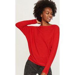 Sweter - Czerwony. Czerwone swetry klasyczne damskie Reserved, l. Za 59,99 zł.