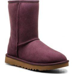 Buty UGG - W Classic Short II 1016223  W/Port. Szare buty zimowe damskie marki Ugg, z materiału, z okrągłym noskiem. Za 879,00 zł.