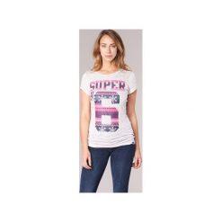 T-shirty z krótkim rękawem Superdry  SUPER NO 6. Szare t-shirty damskie marki Superdry, l, z nadrukiem, z bawełny, z okrągłym kołnierzem. Za 103,20 zł.
