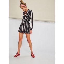 Answear - Kombinezon Stripes Vibes. Szare kombinezony damskie marki ANSWEAR, l, z haftami, z dzianiny, z długim rękawem, długie. W wyprzedaży za 119,90 zł.