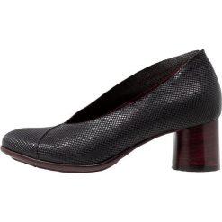 Lilimill LUNA Czółenka abel nero. Czarne buty ślubne damskie lilimill, z materiału. Za 549,00 zł.