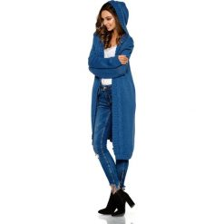 Modny kardigan z kapturem jeans TRINITY. Niebieskie kardigany damskie Lemoniade, z jeansu. Za 149,90 zł.