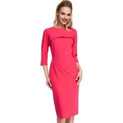 Różowe Sukienka Ołówkowa Midi z Falbanką. Czerwone sukienki balowe marki Molly.pl, do pracy, l, z falbankami, midi, ołówkowe. Za 135,90 zł.