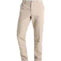 Spodnie męskie: Carhartt WIP CLUB BENSON Chinosy brown
