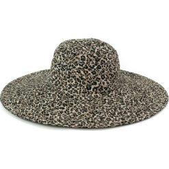 Kapelusz damski Drapieżne lato brązowy. Brązowe kapelusze damskie marki Art of Polo, na lato. Za 30,84 zł.