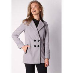 Płaszcze damskie pastelowe: Płaszcz w kolorze szaro-czarnym