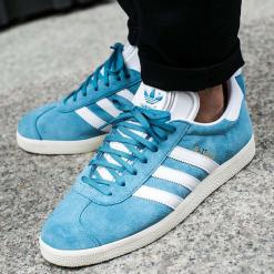 """Buty adidas Gazelle """"Blue"""" (BZ0022). Niebieskie buty skate męskie Adidas, z materiału, Adidas Gazelle. Za 149,99 zł."""