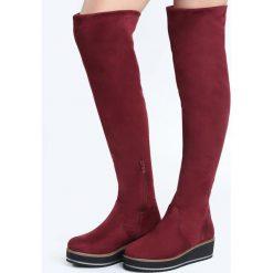 Bordowe Kozaki Congruence. Czarne buty zimowe damskie marki Kazar, z futra, przed kolano, na wysokim obcasie, na koturnie. Za 139,99 zł.