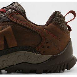 Merrell ANNEX TRAK LOW Obuwie hikingowe clay. Brązowe buty trekkingowe męskie Merrell, z materiału, outdoorowe. Za 589,00 zł.